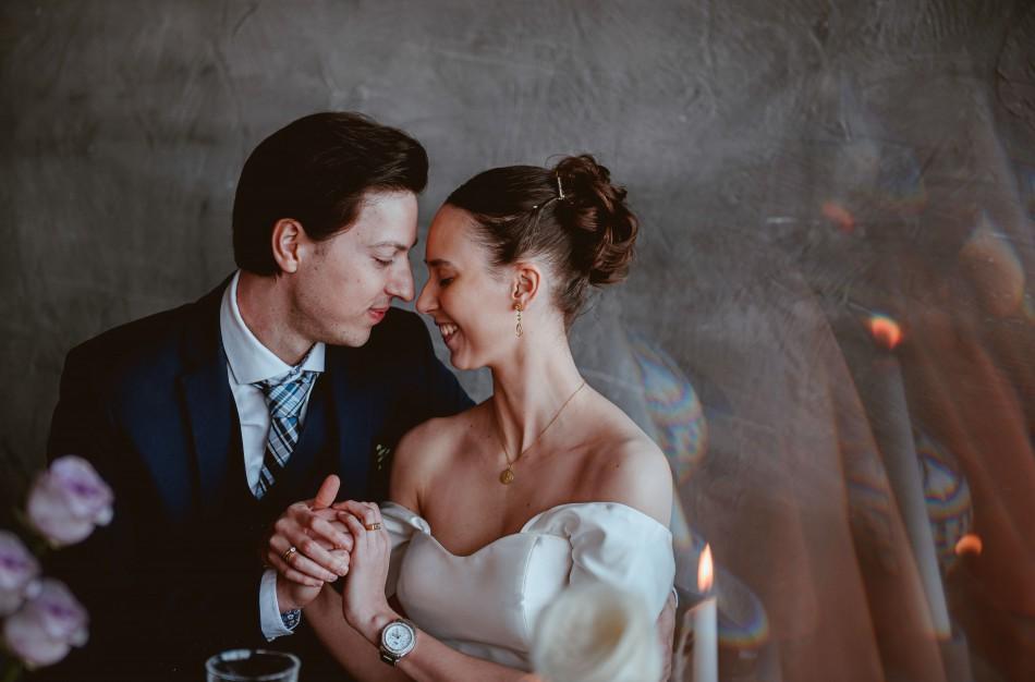 Vestuves karantine šventusi pora - būtinai turėkite planą B