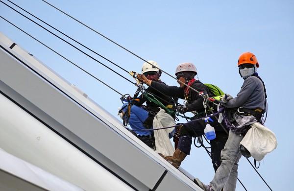 Darbuotojų kritimas iš aukščio – dažniausia sunkiausių nelaimingų atsitikimų darbe priežastis