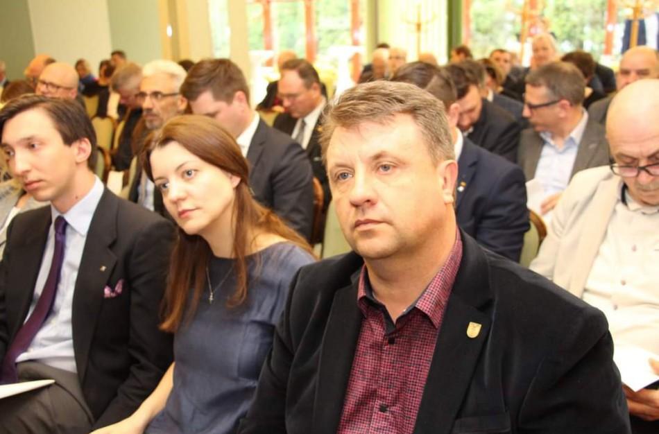 """E. Andrejevas: """"Valstybės įstaigos vadovo kėdė – savam kadrui?"""""""