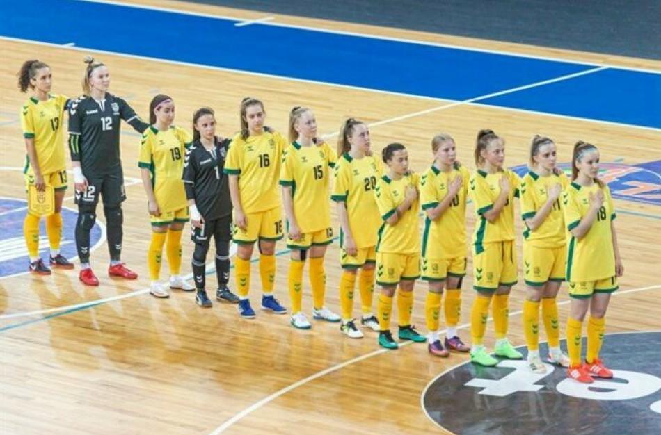 Moterų futsal rinktinė atrankos turnyrą pradėjo pralaimėjimu slovakėms