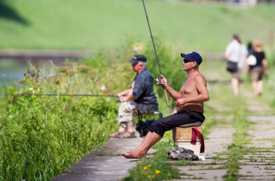 Savaitgalį jau galima žvejoti kiršlius ir salačius, o žiobrių žvejyba draudžiama nuo pirmadienio