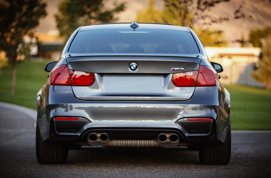 Kokiais būdais naudotų automobilių pardavėjai sukčiauja dažniausiai?