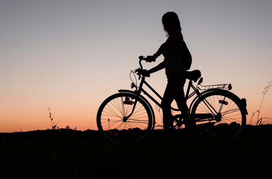 Poilsis gamtoje: kodėl svarbu nepaleisti dviračio vairo ir kam iškylaujant reikalingi švirkštai?