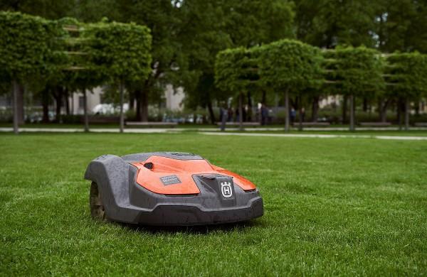 Vejų prižiūrėtojais miestai įdarbina robotus: ateityje jų tik daugės