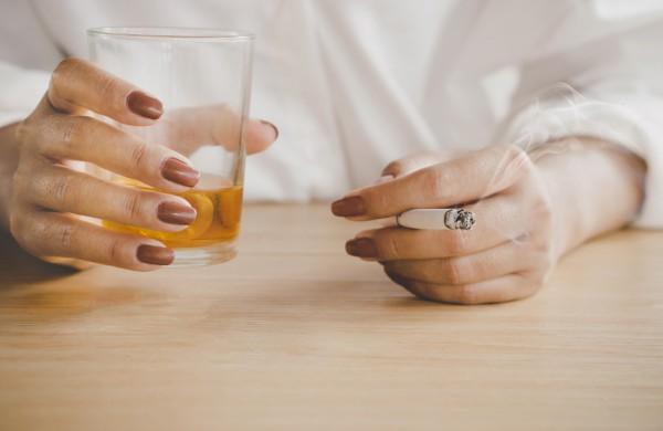 Augant alkoholio vartojimui sunerimti vertėtų širdininkams