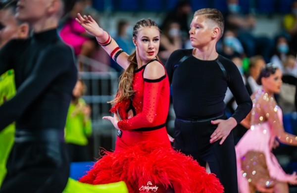 """Sėkmingas """"Bonus"""" šokėjų pasirodymas """"Jonava Open 2021"""" varžybose"""