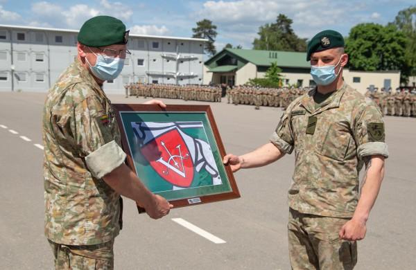 Daugiau kaip 400 jaunųjų karių papildys parengtojo kariuomenės rezervo gretas