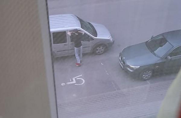 Rukloje siautėja neaiškus veikėjas – saugokite savo automobilius