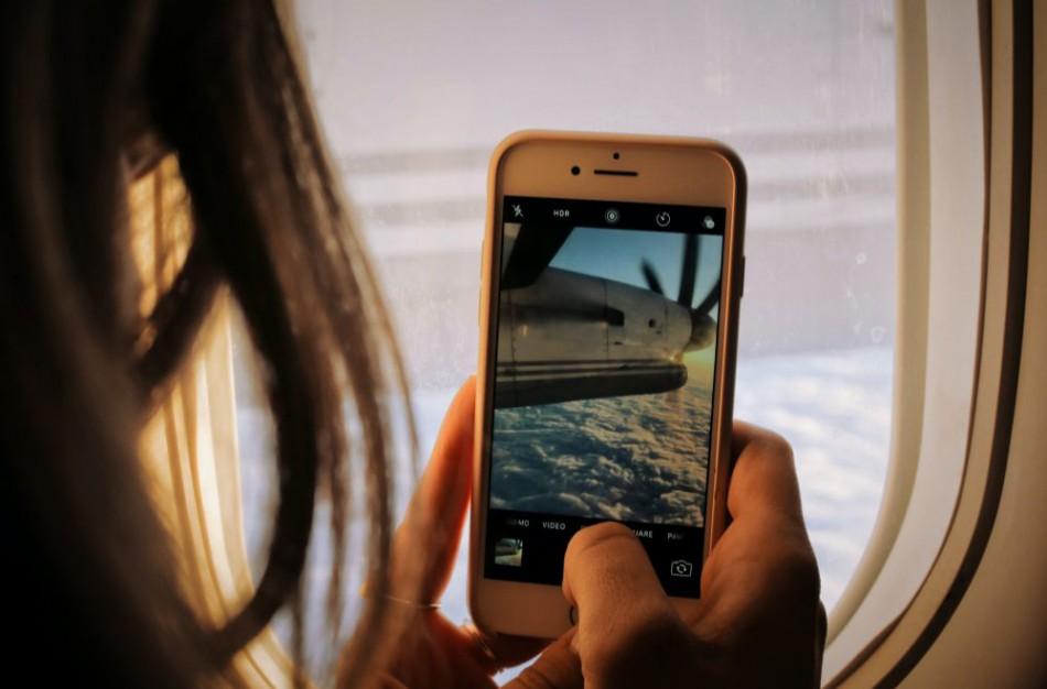 Mobilusis ryšys keliaujant ES didžiajai daugumai vartotojų kainuos kaip namuose