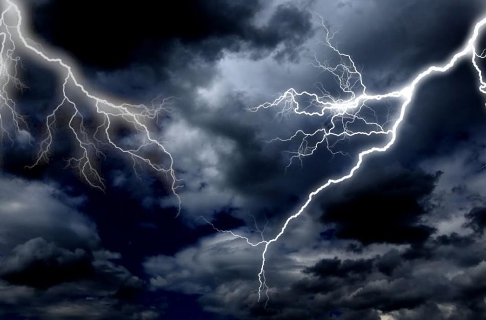 Žaibai – pavojingas gamtos reiškinys
