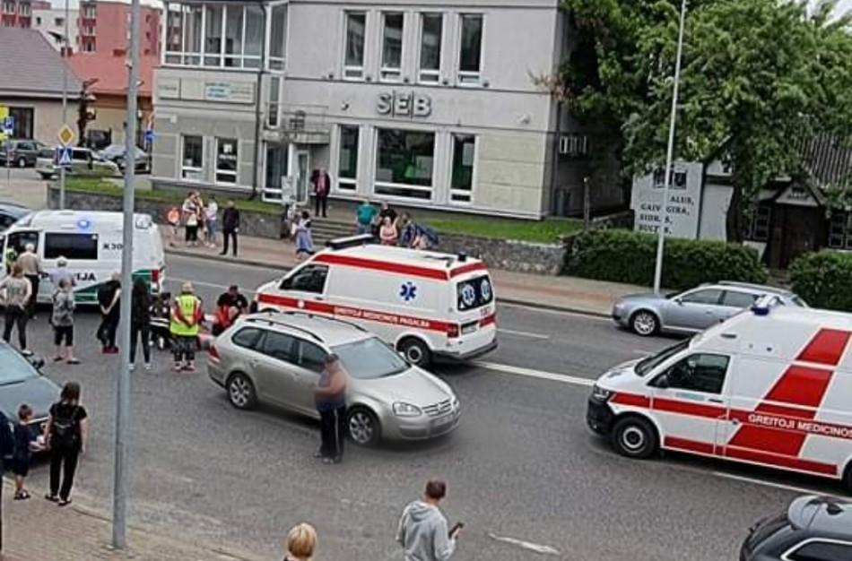 J. Basanavičiaus gatvėje partenkta moteris