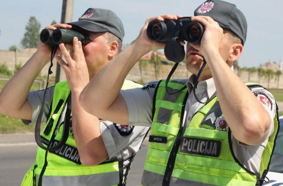 Sustiprinta eismo dalyvių kontrolė šalies keliuose