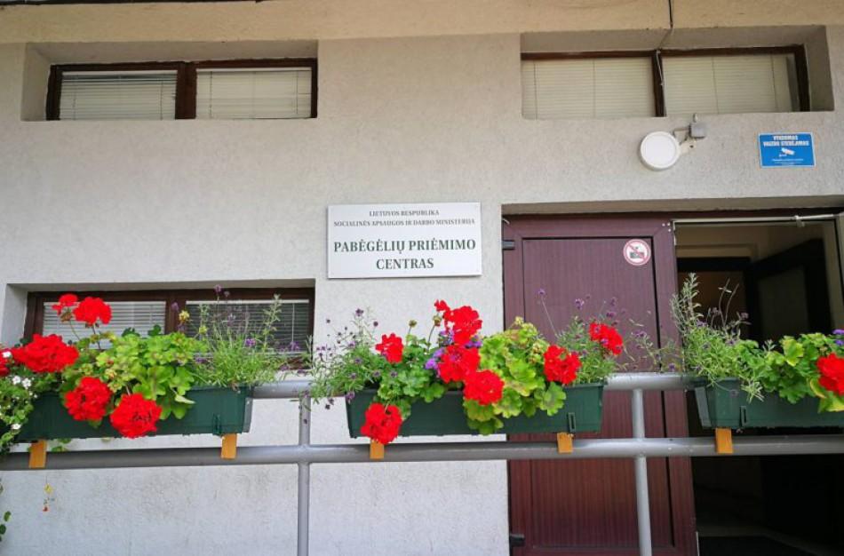Migrantų krizė Lietuvoje: pabėgėliai per Baltarusiją jau keliami į Ruklą