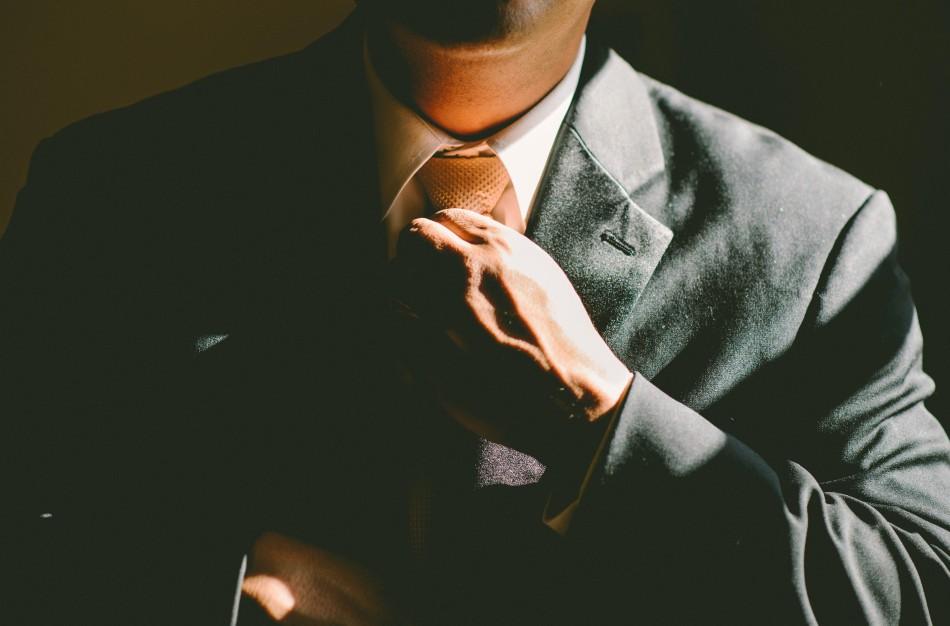 Verslo atstovas komercinio ginčo arbitražui – koks tinkamiausias?