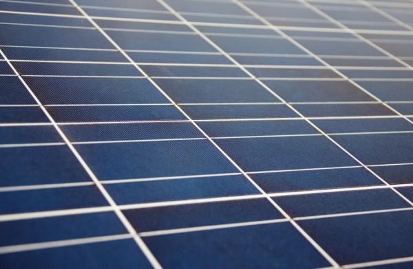 Jau skirtas papildomas finansavimas saulės elektrinėms įsirengti