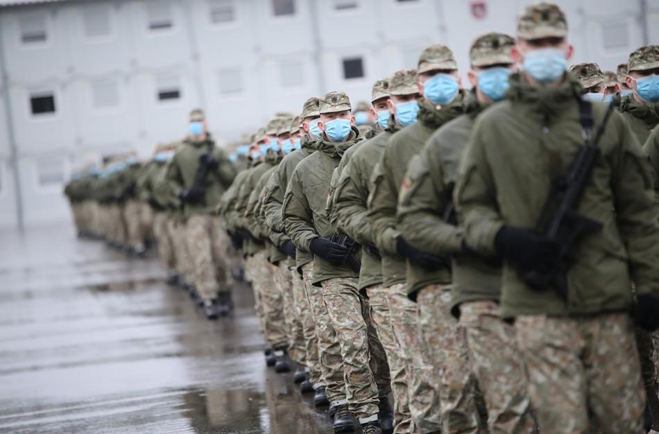 Daugiau kaip 500 jaunuolių pradėjo tarnybą Lietuvos kariuomenėje
