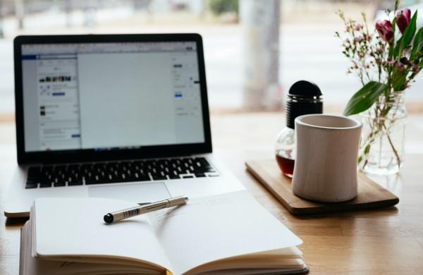 Kūrybiniai tekstai – 4 priežastys patikėti vertimą profesionalams
