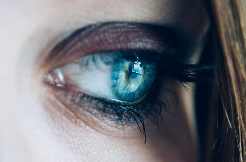 Akių priežiūra vasarą – galvodami tik apie grožį ir patogumą, galime turėti rimtų problemų