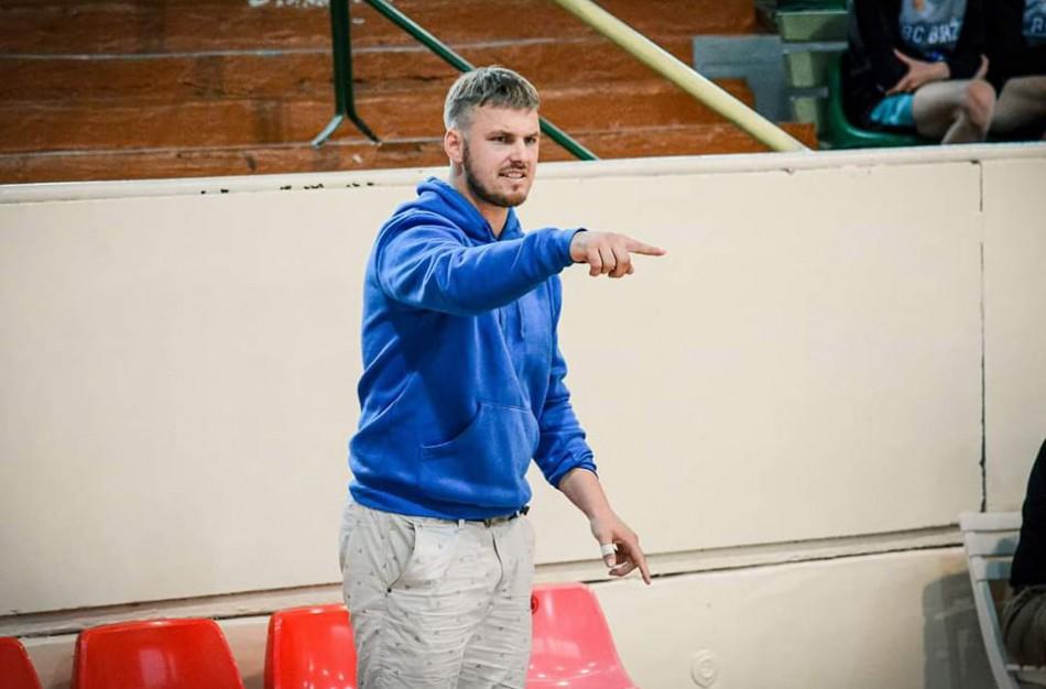 """JKKSC vaikų krepšinio treneris: ,,Laimėjimai visada atneša džiaugsmą ir motyvaciją, pralaimėjimai – pamokas"""""""