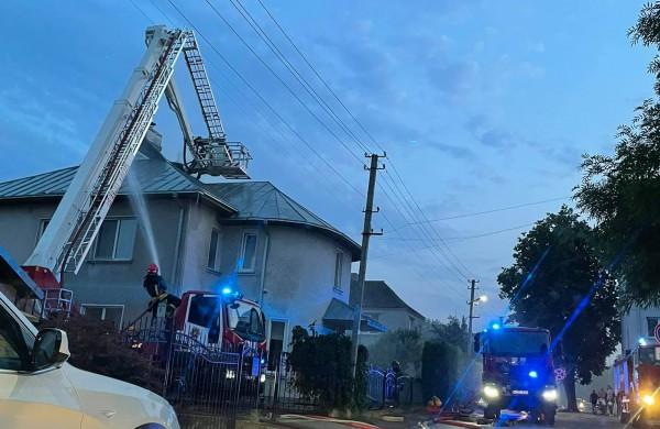 Daugiau detalių apie Vytauto skersgatvyje degusį namą: gaisrą pastebėjo kaimynai