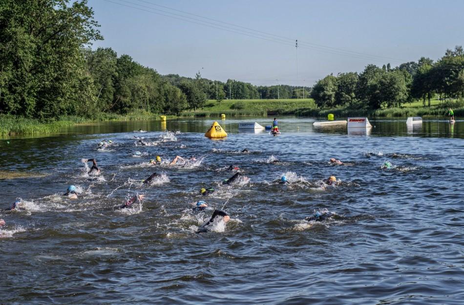 Jonava alsuos sporto ritmu – mieste atmosferą kaitins triatlonininkai