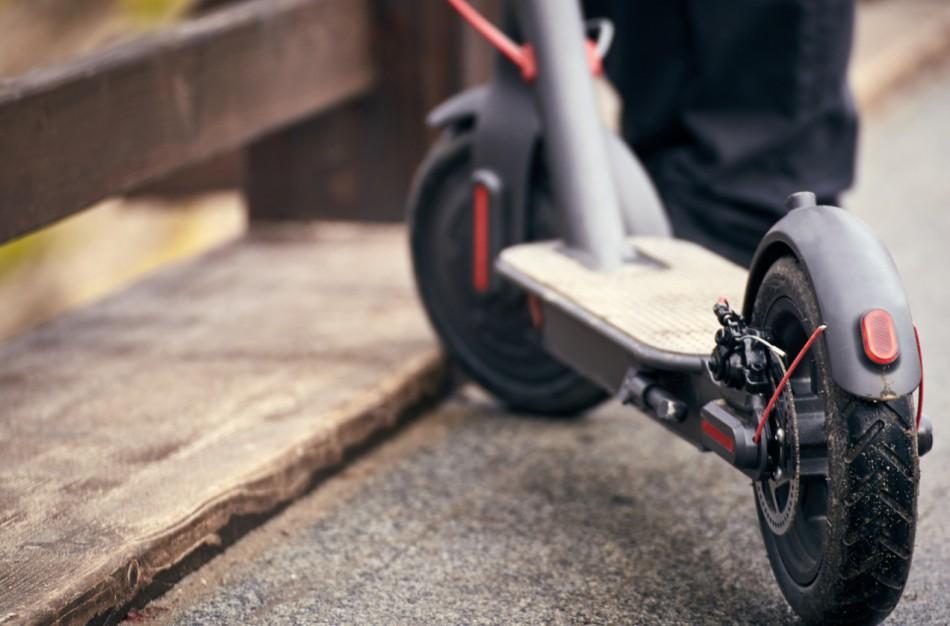 Kasmet sulaukiamų skundų dėl paspirtukų rodikliai: vartotojai dažnai nepaiso  saugaus naudojimo reikalavimų
