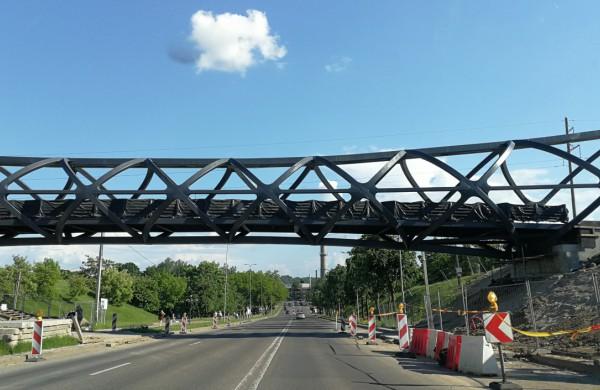 Naujojo pėsčiųjų tilto atidarymas - visai netrukus