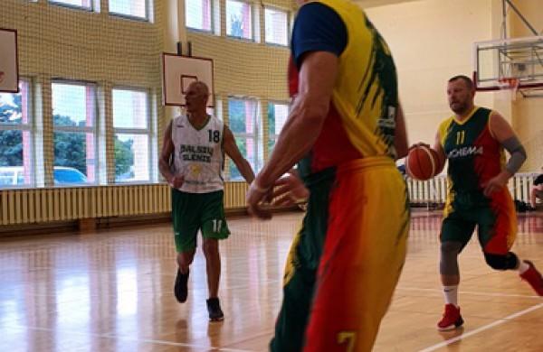 Baltijos taurės turnyre - vicečempionų vardai Achemos krepšinio veteranams