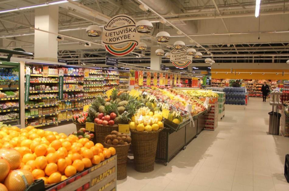 Didžioji dalis didžiosiose maisto parduotuvėse dirbančių darbuotojų jau pasiskiepijo: Jonavoje - panašios tendencijos