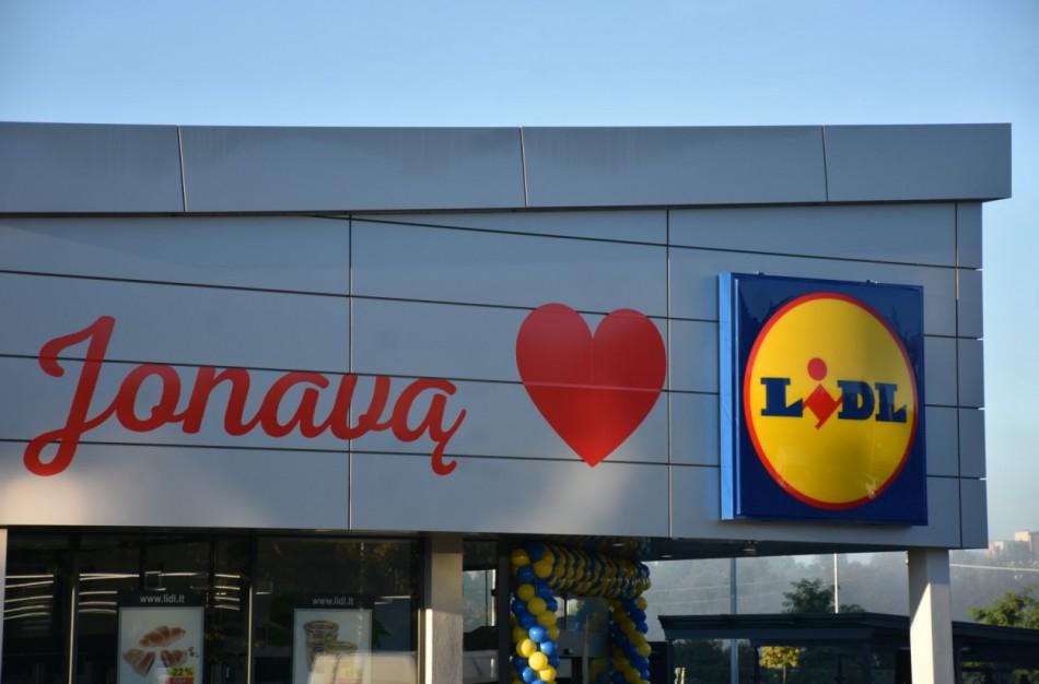 """,,Lidl Lietuva"""" suskaičiavo, kad siūlo didžiausią vidutinį  atlyginimą tarp prekybos tinklų"""