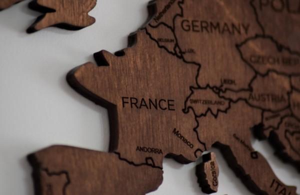 Nuo pirmadienio izoliacija privaloma keliautojams iš dar keturių valstybių