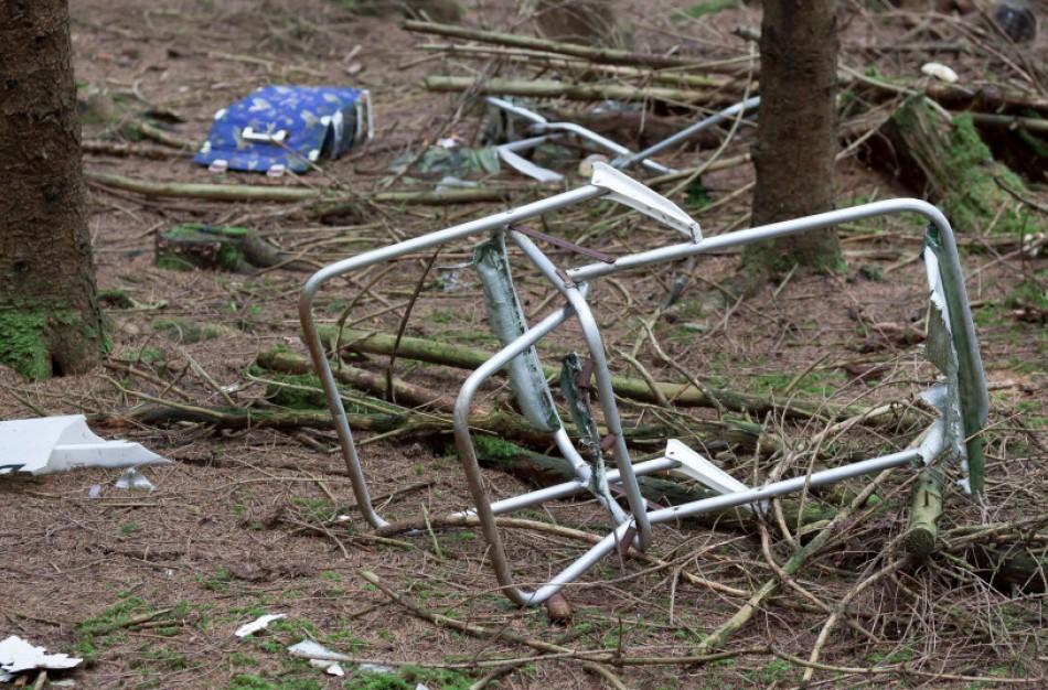 Aplinkosaugininkai įspėja: viena miške išmesta šiukšlė gali tapti sąvartynu