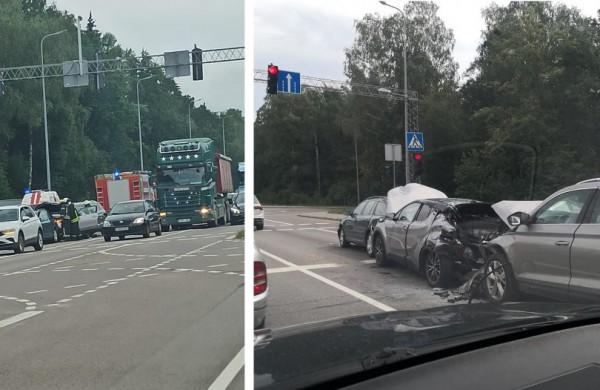Rugpjūčio 9-oji – paženklinta eismo įvykiais: Jonavos r. masinės avarijos, perėjoje sužeista moteris