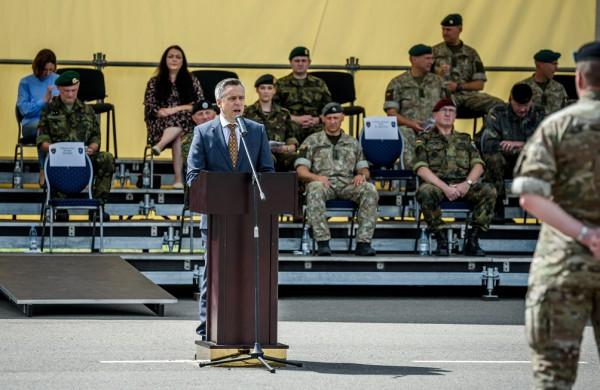 """Rukloje įvyko NATO priešakinių pajėgų bataliono vadų pasikeitimas: """"Kovinė grupė padėjo Lietuvai saugumo srityje padaryti didelį progresą"""""""