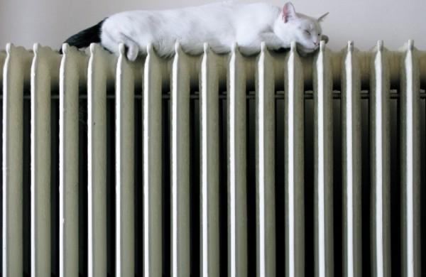 Energetikos ministerija siūlo leisti mokėjimus už šildymą išdėstyti tolygiai per visus metus