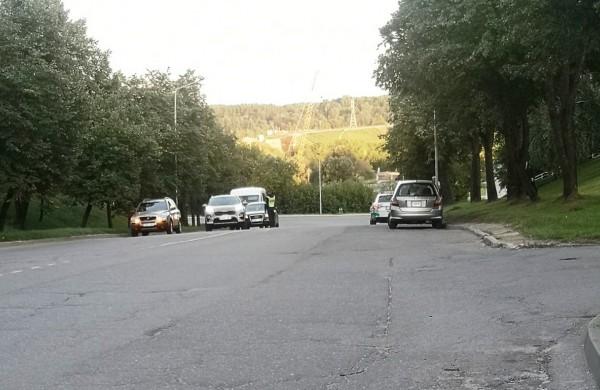 Policinės priemonės metu Jonavoje patikrinta apie 350 transporto priemonių