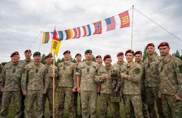 Kariai savanoriai iš Zarasų užtikrintai laimėjo geriausių pėstininkų varžybas Gaižiūnų poligone