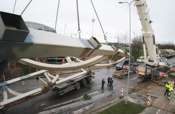 Fotomenininkas A. Reipa užfiksavo kiekvieną naujojo Jonavos tilto statybų žingsnį