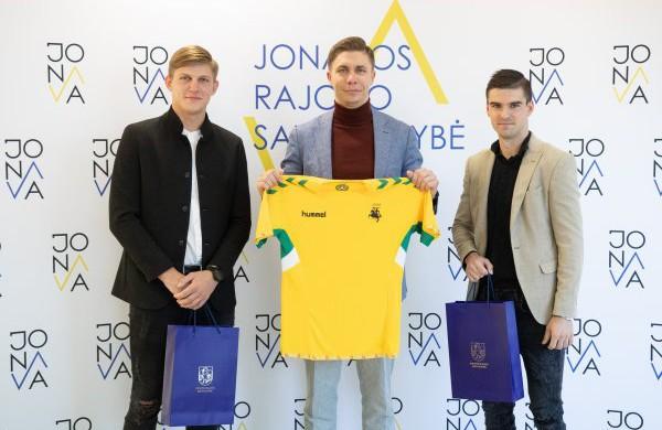 Jonaviečiai palydėti į Pasaulio salės futbolo čempionatą