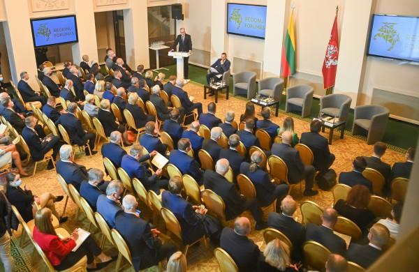 Prezidentas Regionų forumui: Lietuvos sėkmės matas – tolygus augimas