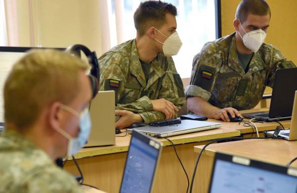 Lietuvos kariuomenė:  Nelegali migracija – dezinformacijos taikinys