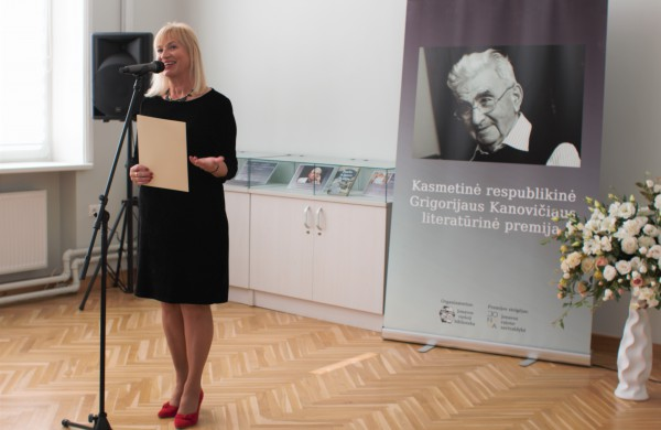 """G. Kanovičiaus literatūrinės premijos laureatė Ina Pukelytė: """"Knyga mums primena, kaip pavojinga nematyti kito"""""""