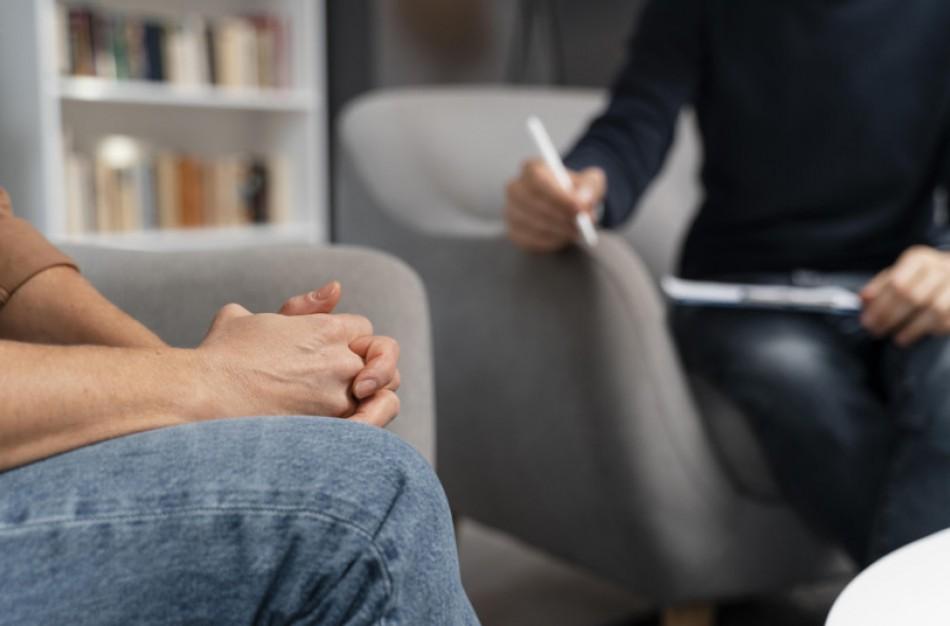 Ligonių kasos ragina drąsiai kreiptis nemokamos psichikos pagalbos