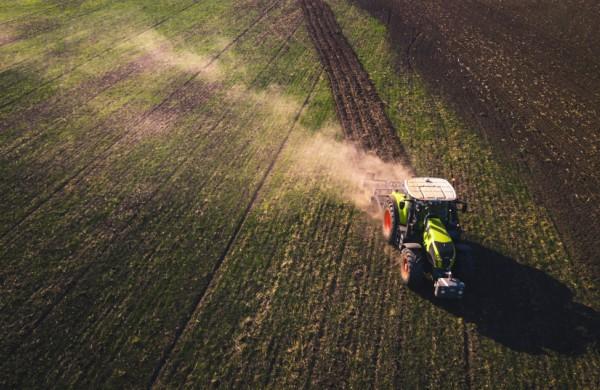 Patikslinti tirštojo mėšlo laikymo laukuose reikalavimai padės saugoti aplinką nuo taršos