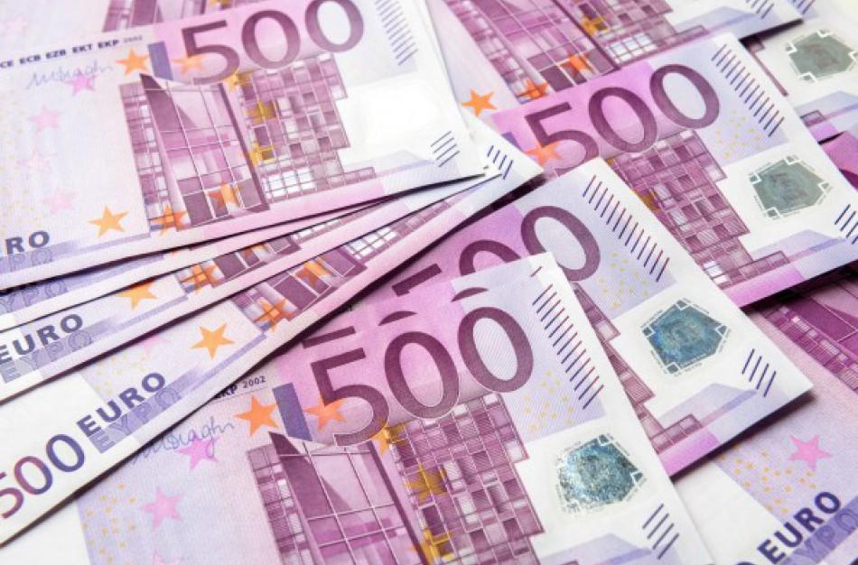 """Jonavoje """"prasisuko"""" sukčiai – vyras neteko beveik 30 tūkstančių eurų"""