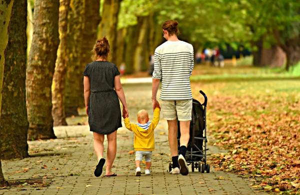 Seimas spręs, ar tėvadienius ir mamadienius suteikti ilgesnį laiką
