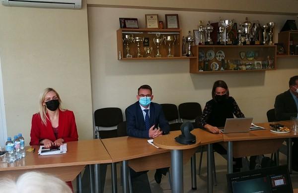 Jonavoje lankosi sveikatos apsaugos ministras Arūnas Dulkys