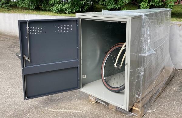"""Jonavoje bus statomi """"garažai"""" dviračiams prie daugiabučių"""