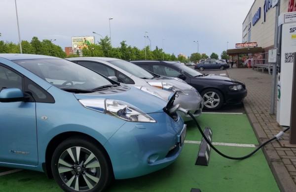 Lietuva siekia, kad kas penktas automobilis šalyje būtų varomas elektra