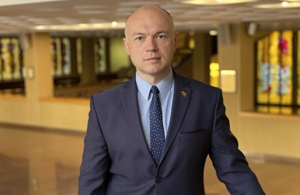 """Seimo narys E. Sabutis: """"Europos Sąjungos valstybės jau ieško būdų mažinti energijos kainas. Kodėl Vyriausybė nieko nedaro?"""""""